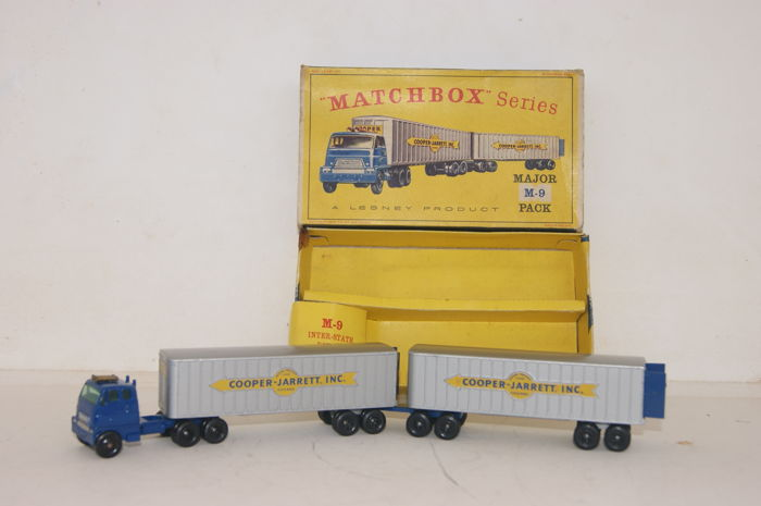 Matchbox - 1:76 - Matchbox Major Pack M9-a Hendrickson Tractor Unit - Inter-State Double Freighter 'Cooper Jarret Inc`