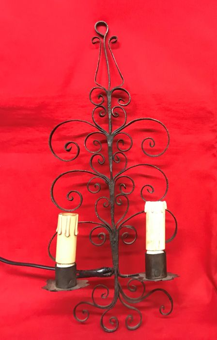 Antique wrought iron lamp - Italy, 19th century