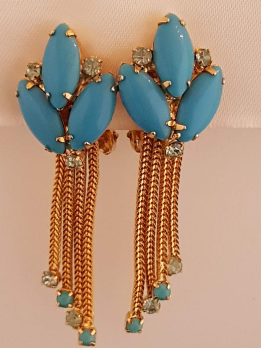 Hobé beautiful tassle earrings  with blue glass turquoise New York 1965