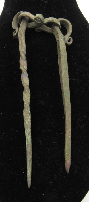 Medieval VIking Era Brons Connected Cloth Pins - 18.4cm
