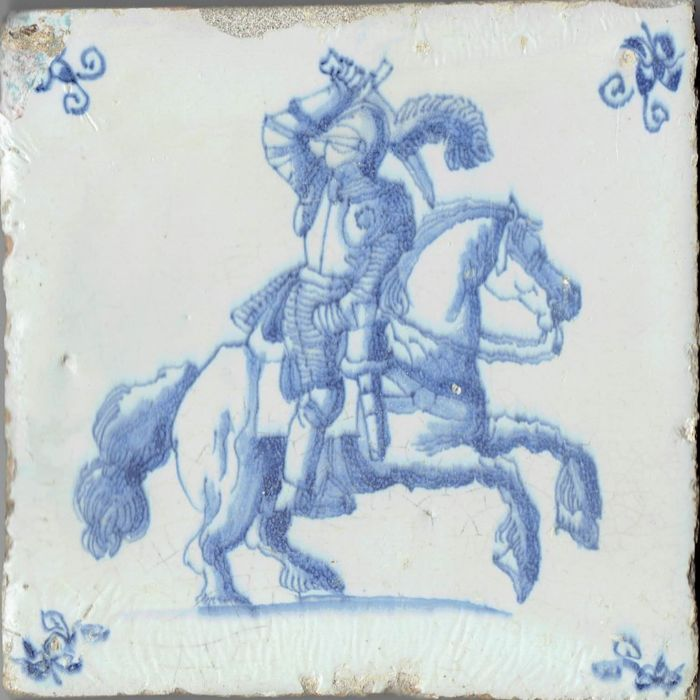 Gorgeous 17th century tile depicting a knight in full armour - Intact
