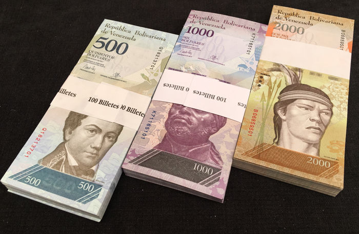 Venezuela - 100 x 500, 1.000 and 2.000 Bolivares 2016/2017 - 3 original bundles