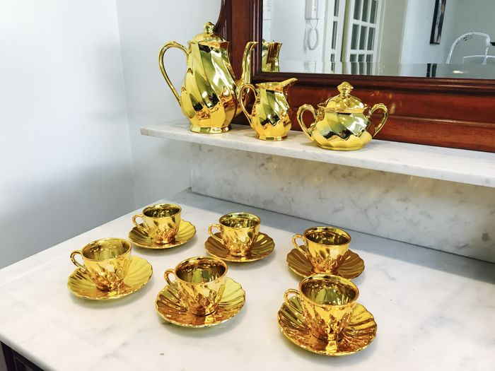24 kt gold leaf tea service for 6 persons - Italy - mid 20th century