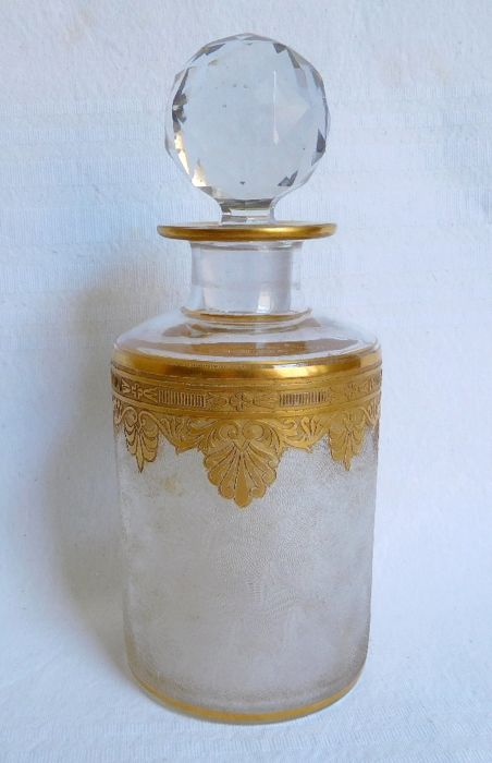 ST LOUIS Large perfume bottle in frosted crystal, gilded Nelly Empire model - 19 cm