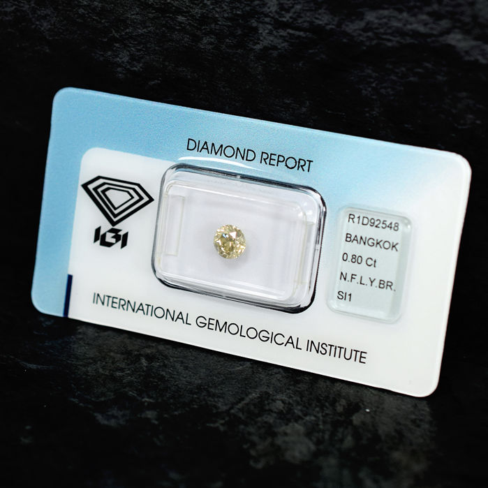 Natural Fancy Light Yellowish Brown Diamond - 0.80 ct, SI1