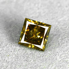 Fancy Intense Brownish Orange(treated) Diamond - 0.63 ct, NO RESERVE PRICE