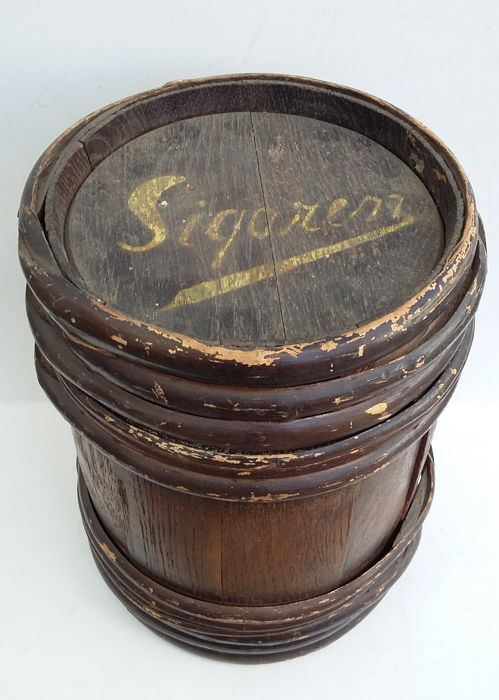 Rare Dutch Cigars barrel - tobacco shop