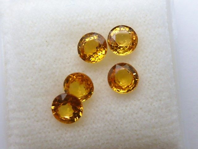 Five sapphires - 2.06 ct  - **No Reserve Price**