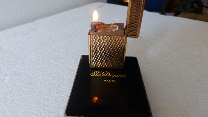 DUPONT lighter small gold-plated model 20 microns