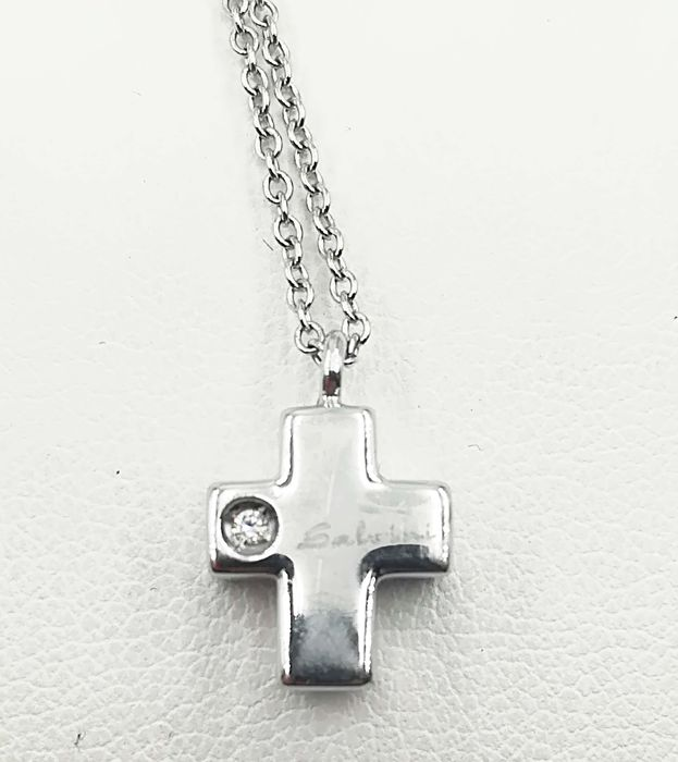 Salvini - 18 kt gold necklace and cross pendant with 0.01 ct diamond - Length 45 cm - Pendant height 1 cm