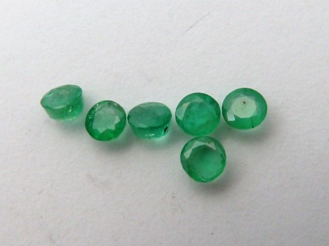 Lot of emeralds - 1.10 ct  - **No Reserve Price**