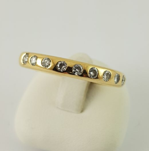 750 yellow gold ring - 9 brilliant cut diamonds - ring size: 53