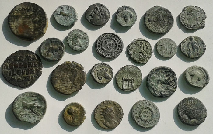 Antiquity - Lot of 23 Greek and Roman AE coins.
