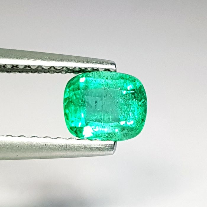 0.61 ct - Emerald - No Reserve