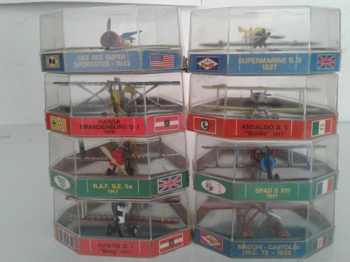 Edison Air Line H.F. No. 8 metal models of military aircraft    Italy, ca. 1970