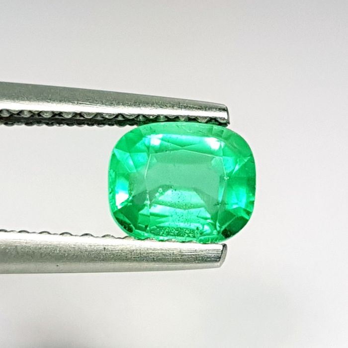 0.74 ct - Emerald - No Reserve