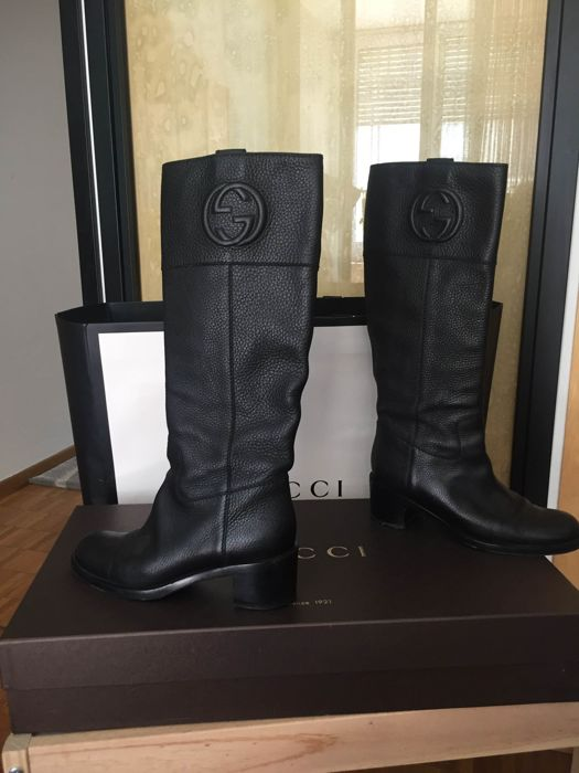 90a5a754172 Gucci leather boots size 39 - Catawiki