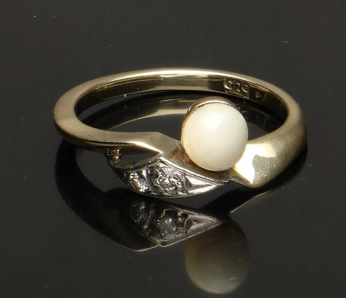 New Pearl 14 Karat Gold Ring Size 7 And To Have A Long Life. Fine Jewelry