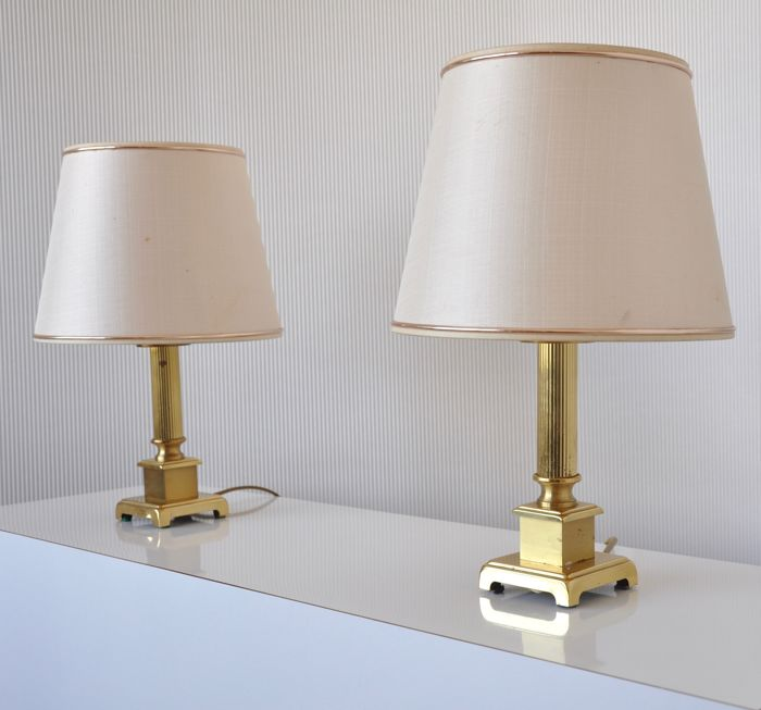 Herda lighting chic brass table lamps with original lamp shade herda lighting chic brass table lamps with original lamp shade hollywood regency style aloadofball Images