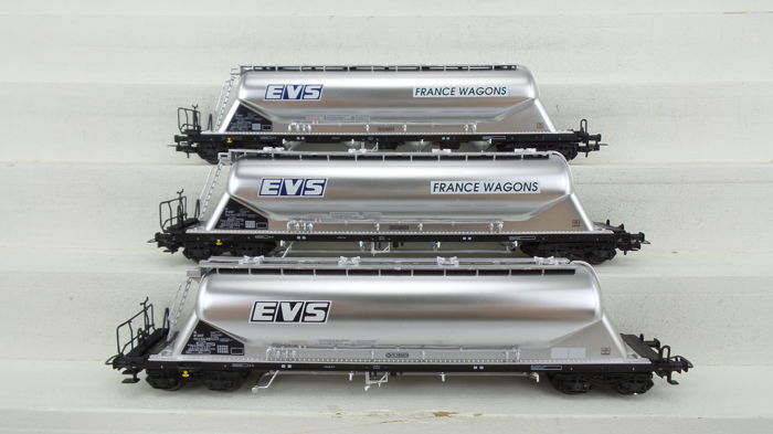 """L.S Models made by Heris-modelleisenbahn H0 - 15034 - Freight carriage - 3x 4-assige ketelwagon """"EVS - France wagons""""  - SNCF"""