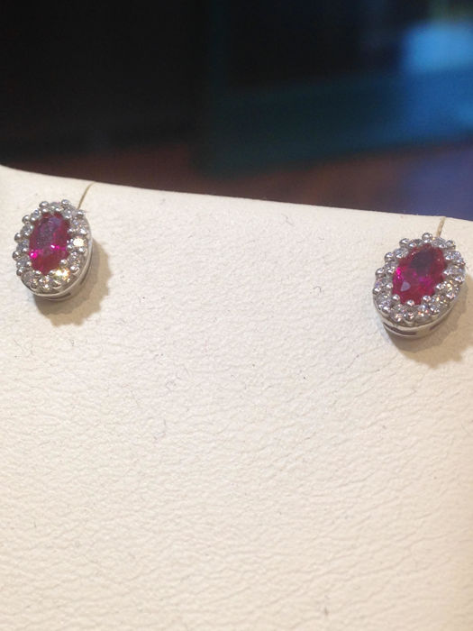 White gold earrings (18 kt) with diamonds for  0.24 ct and rubies for 1.60 ct