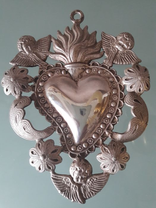 Beautiful, large vintage votive offering (ex-voto) in the shape of a heart