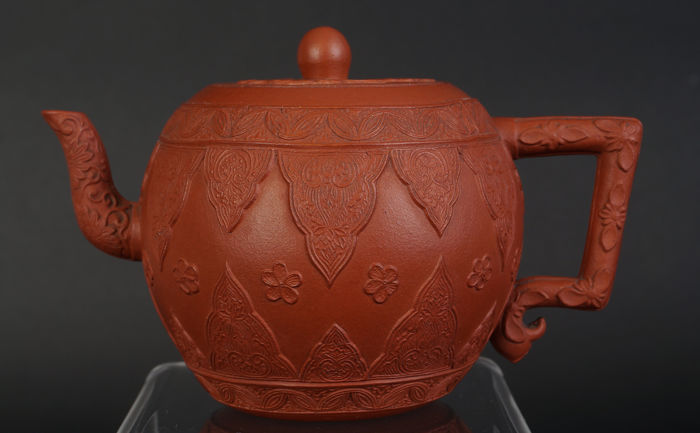 Very fine drum model Yixing pot - China -  18th century