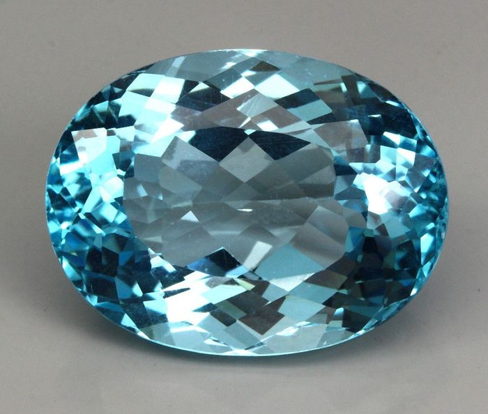Blue Topaz – 37.10 ct - No Reserve Price