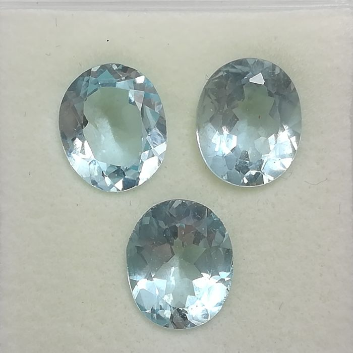 Lot of 3 Sky Blue Topazes - 15.45 ct