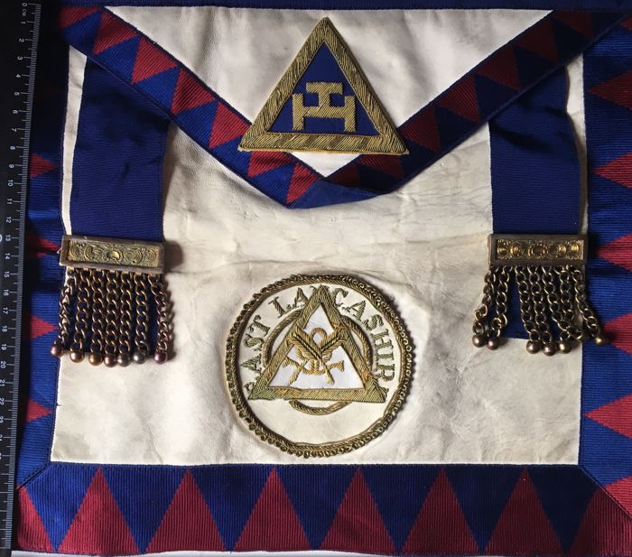 Toye,Kenning Masonic Regalia - Textiles - Catawiki