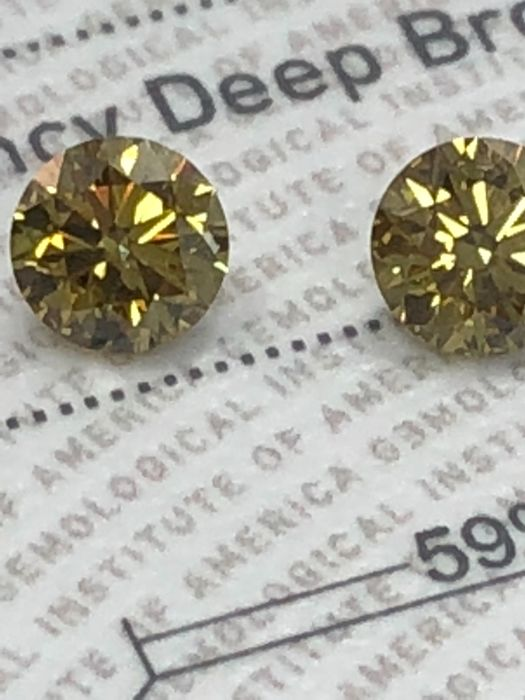 Pair Round Brilliant  0.56/0.56ct  Brilliant  Fancy Deep Brownish greenish Yellow VS2+I1 GIA lab
