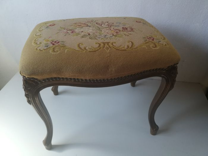 Walnut footstool / stool with floral upholstery depicting tulips in petit point technique