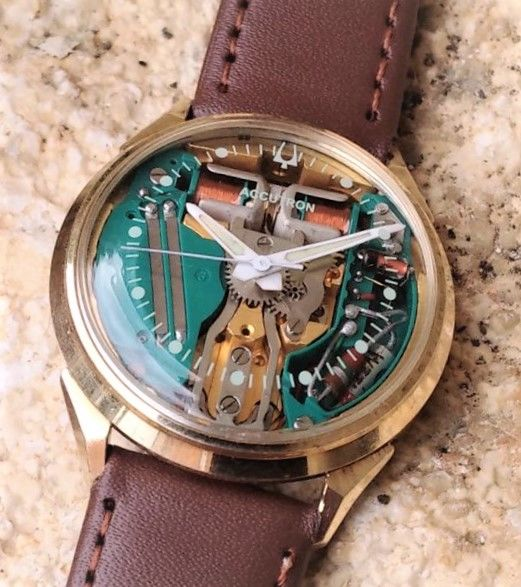 Bulova   - Accutron Spacewiew - M6 214 - Heren - 1966