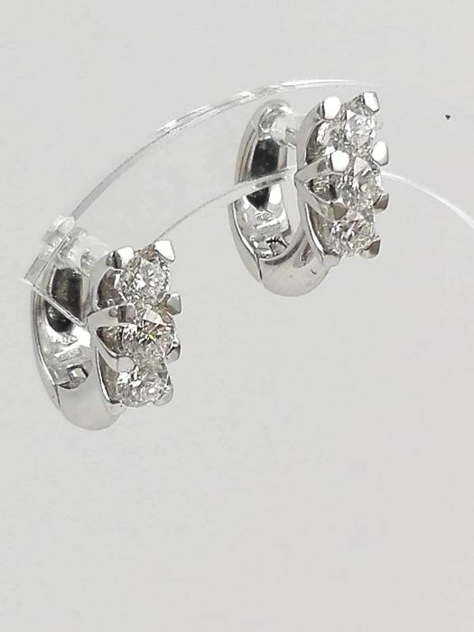 18 carats Or blanc - Boucles d'oreilles - 1.10 ct Diamant