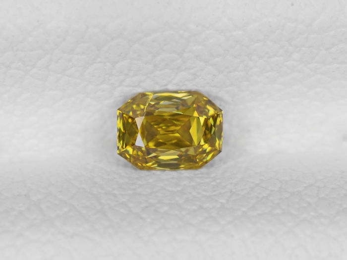 Fancy Brownish Yellow Color Diamond - 0.18 ct