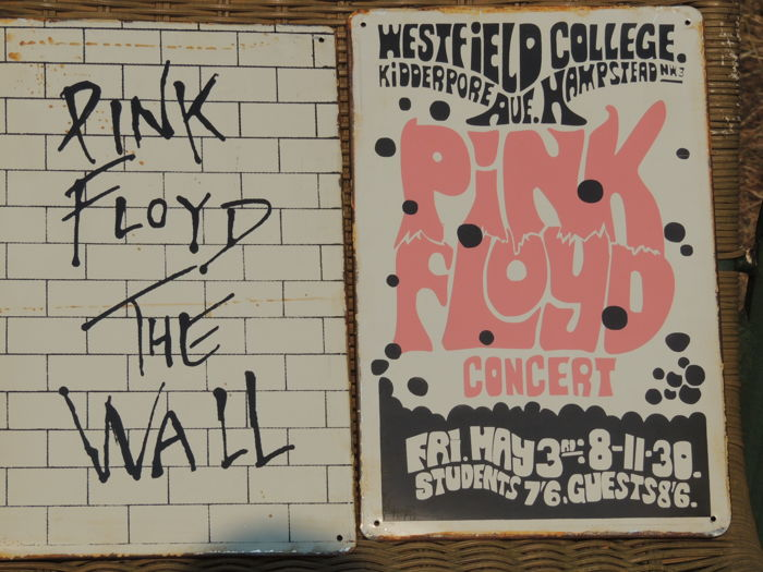two stunning rare pink floyd metal memorial signs pink floyd the wall pink floyd concert. Black Bedroom Furniture Sets. Home Design Ideas