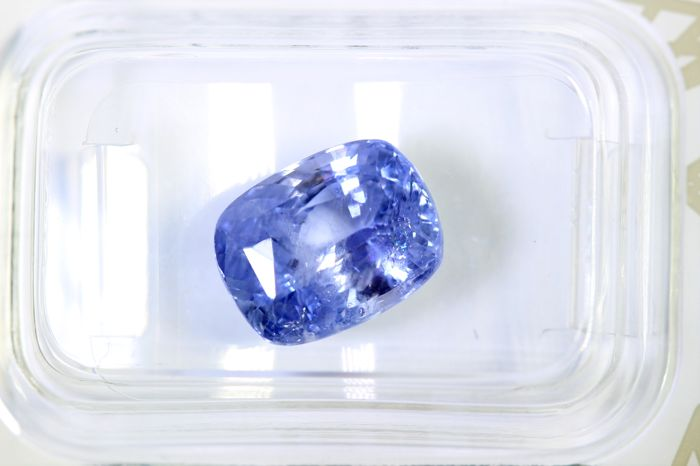 Sapphire - 5.56 ct - Light Violetish Blue - Sri Lanka