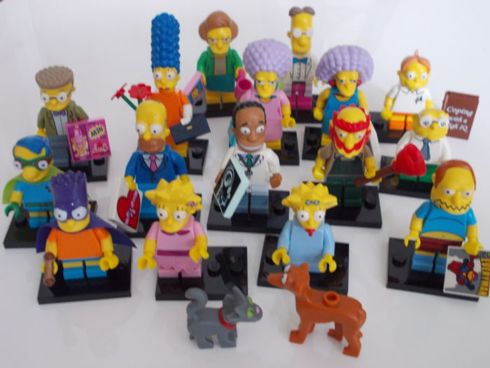 "Minifigures - 16 figures, Series 2, ""The Simpsons"", complete 2015"