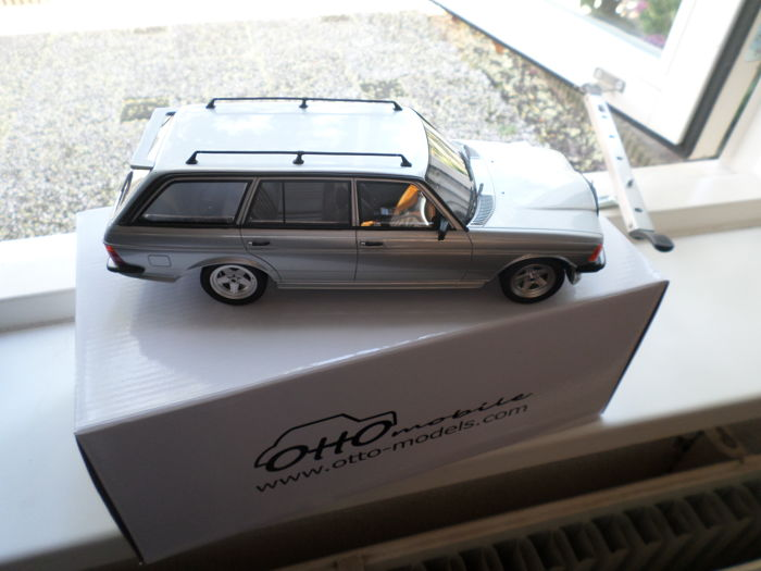 Otto Mobile - 1:18 - Mercedes-Benz 280TE AMG - W123 TYPE - Catawiki