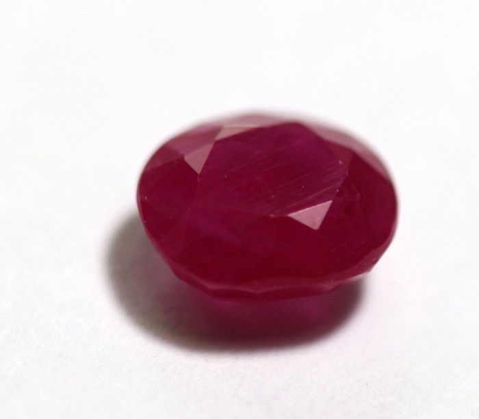 Ruby  - 5.42 ct