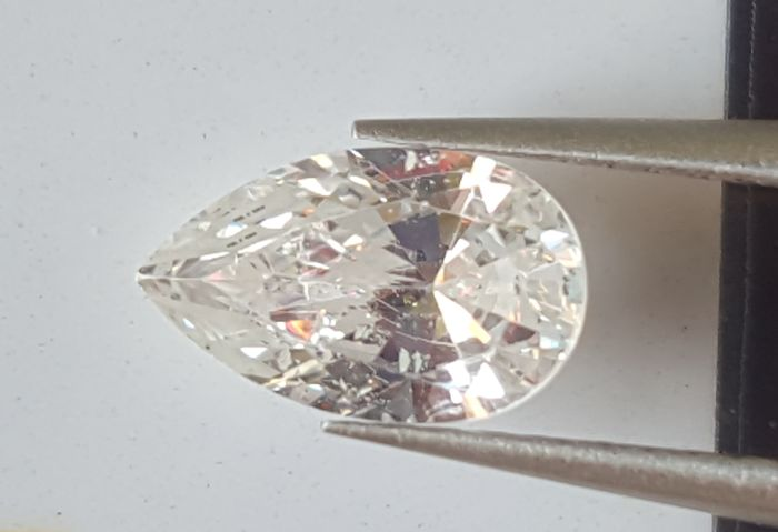 "0.50 ct, color: D (colourless), SI2, pear diamond, European seller, special comments	""ideal shape"""
