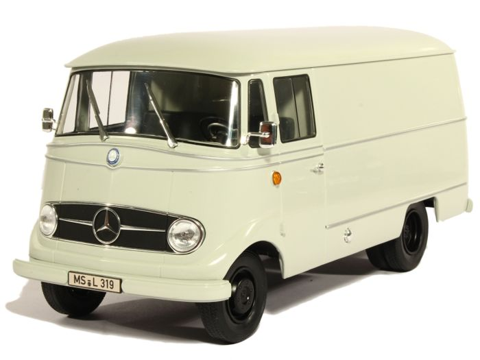 Norev - 1:18 - Mercedes-Benz L319 1955 - Limited Edition of 2.000 pcs.