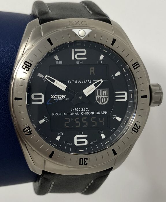 "Luminox -  XCOR Space Expedition Titanium Digital Watch - XX.5241.XS - ""NO RESERVE PRICE"" - Heren - NEW"