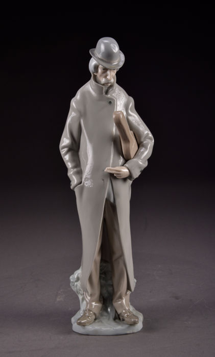 Lladró porcelain - Handmade - Wonderful, large (35 cm) figurine of an old musician with his instrument