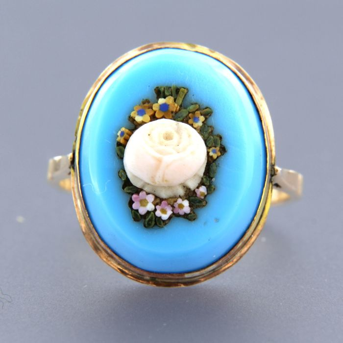 18 kt rose gold ring set with an oval cut turquoise and coral - ring size 18.5 (58) -