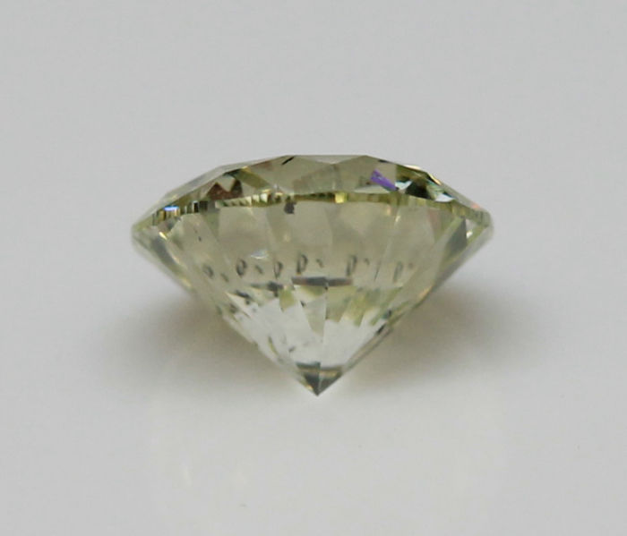 0.71 ct. Natural Light Green-Yellow GIA certified Diamond - VG/EX