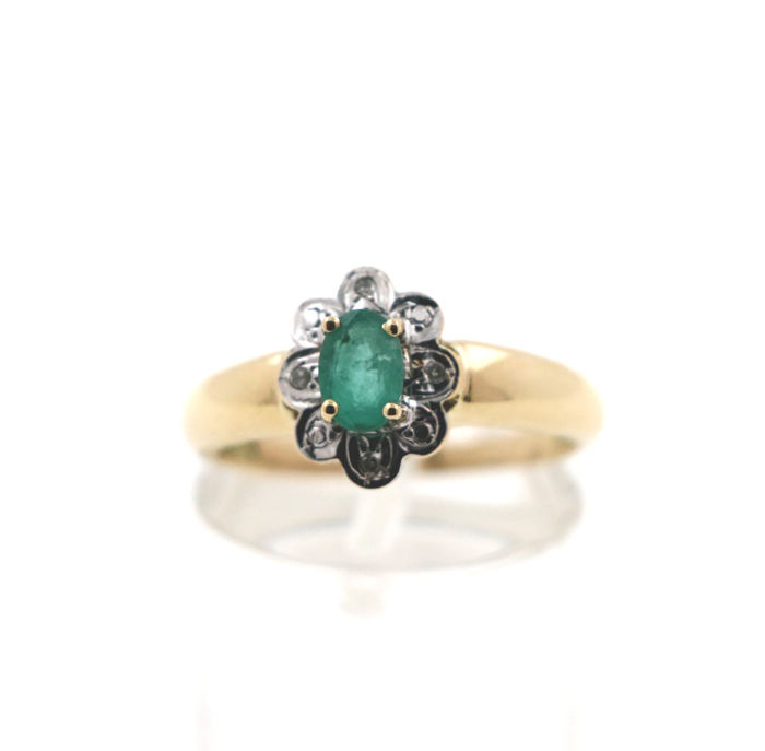 14 kt yellow and white gold women's ring with a total of 0.08 ct of diamonds and emerald of 0.40 ct - ring size 57 EU - free size adjustment