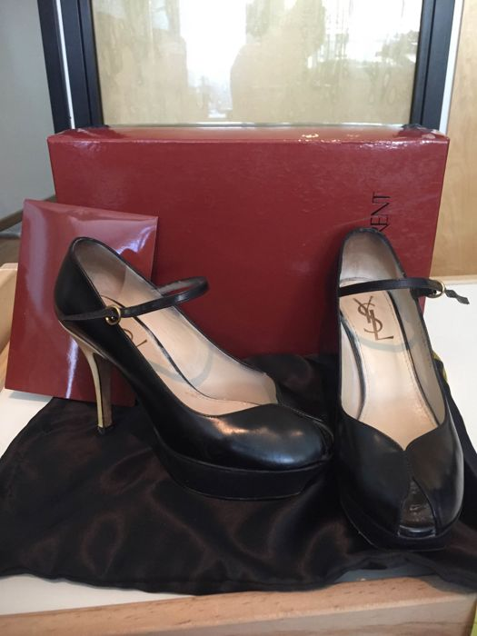YSL shoes vintage size 35/2 * no minimum price **