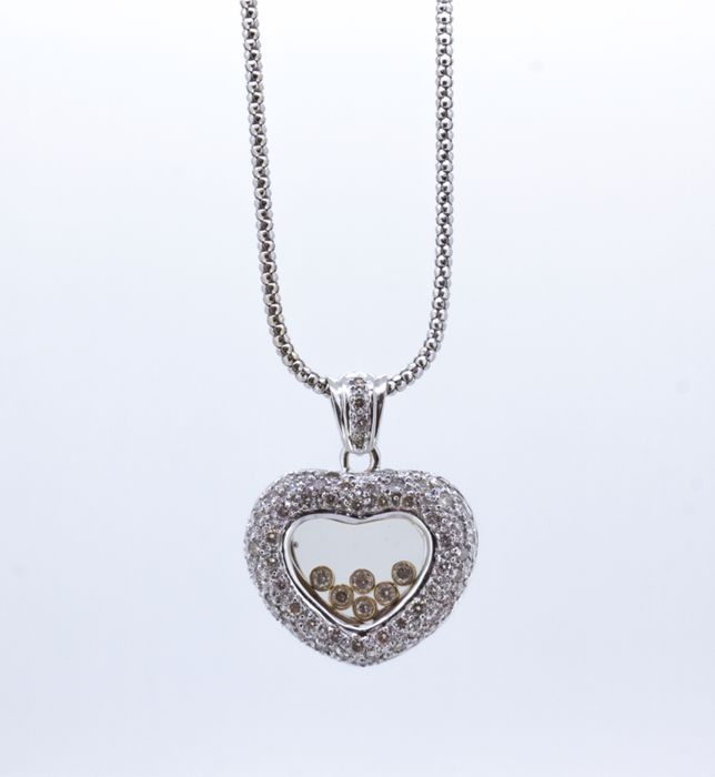 Necklace - exclusive gold heart with brilliants 2.05 ct - Necklace length 39 cm