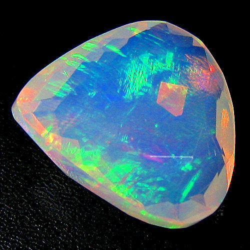 """Crystal """"Rainbow"""" Opal - White, Play of colours - 3.32 ct"""